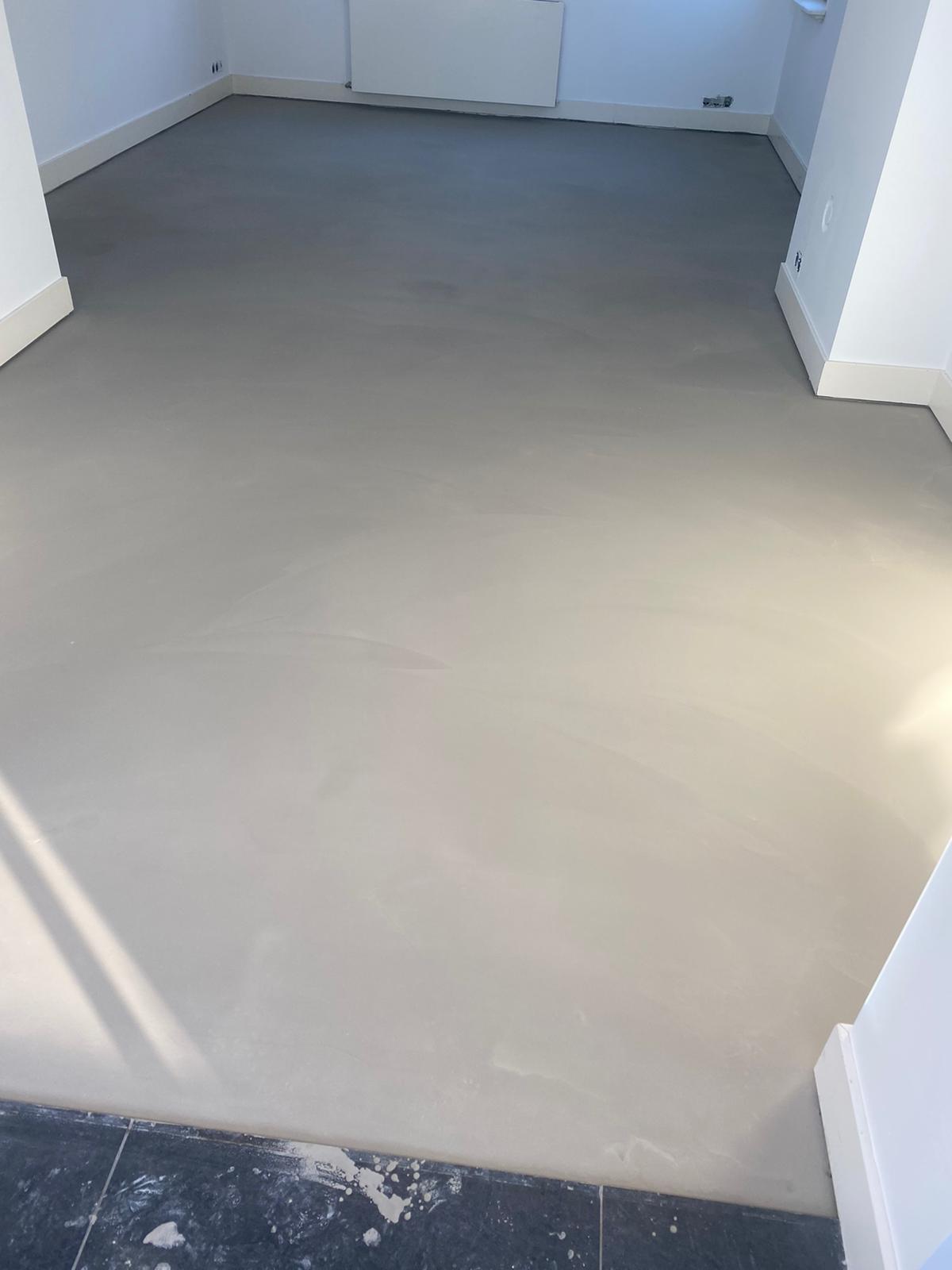 floorcolouring soft white.jpg